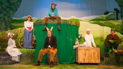 Brentwood Theatre | Past Christmas Shows | Peter Rabbit